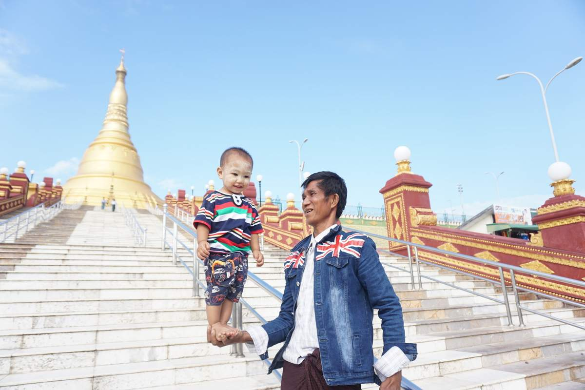 Naypyidaw Uppatasanti Pagode Nov_2017 -008