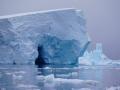 Jan2020_Fotoboat_PeneauIsland_Antarctic-055